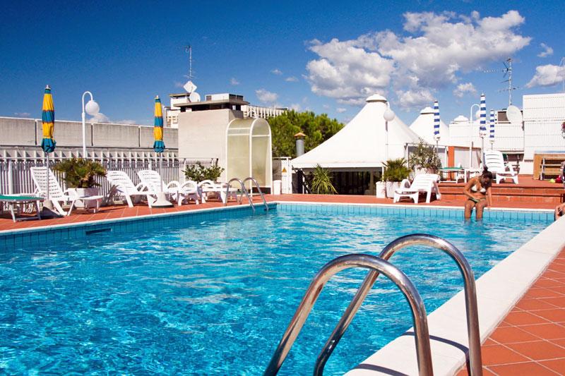 Hotel conca verde lignano sabbiadoro for Conca verde piscine