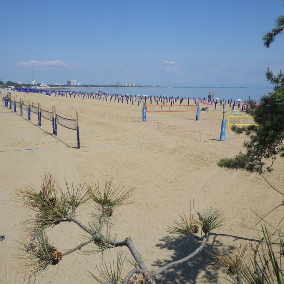 Beach-Volleyballfelder in Lignano ©BlueSport.cz