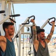 Palestra al Beach Village