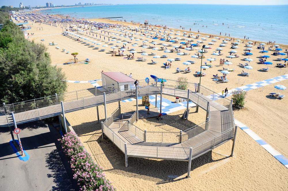 Riviera 6 bagno 6 lignano sabbiadoro for Bagno 5 lignano riviera