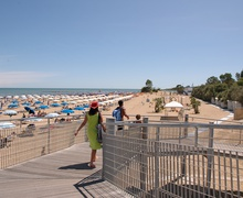 Boardwalk of bagno 6 in Riviera