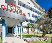 Entrance to hotel Olympia